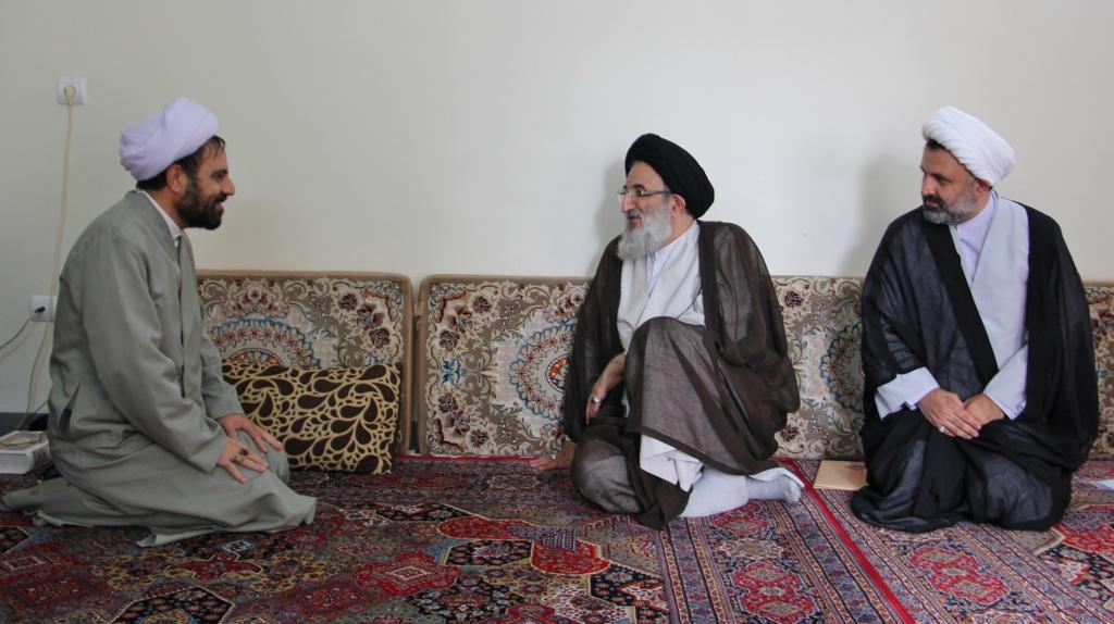 دیدار امام جمعه کرج با معمرین حوزوی فردیس