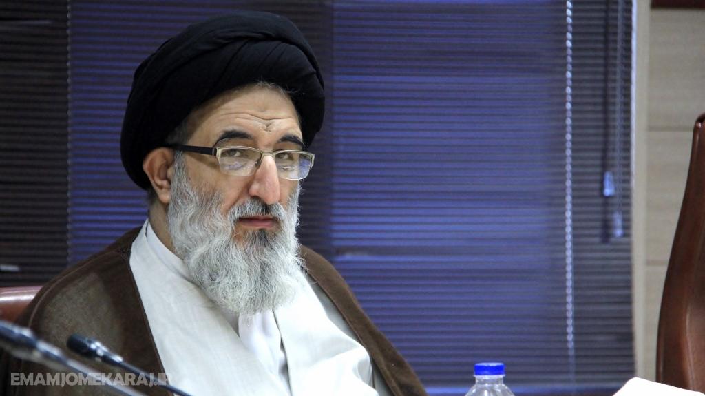 ایران اسلامی مملو از عزت و اقتدار و مردانگی و دستاوردهای بزرگ علمی است ودشمن نباید عمل یک عده را دستاویز شیطنت کند