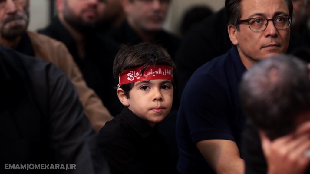 مراسم عزاداری شب تاسوعای حسینی (علیهالسلام) در مصلای امام خمینی