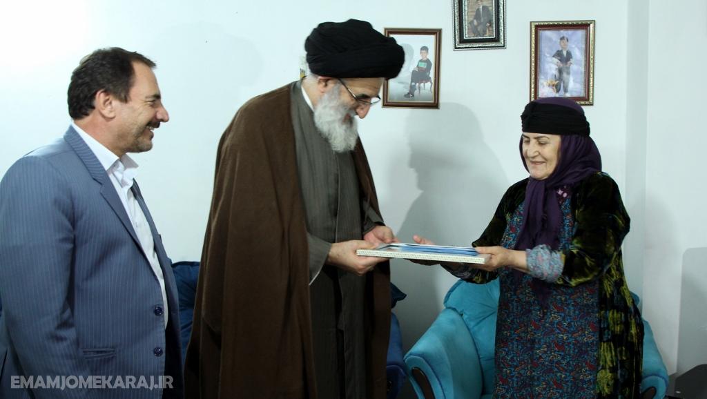 دیدار نماینده ولیفقیه در البرز با خانواده شهدا و ایثارگران اهل تسنن و اهل تشیع