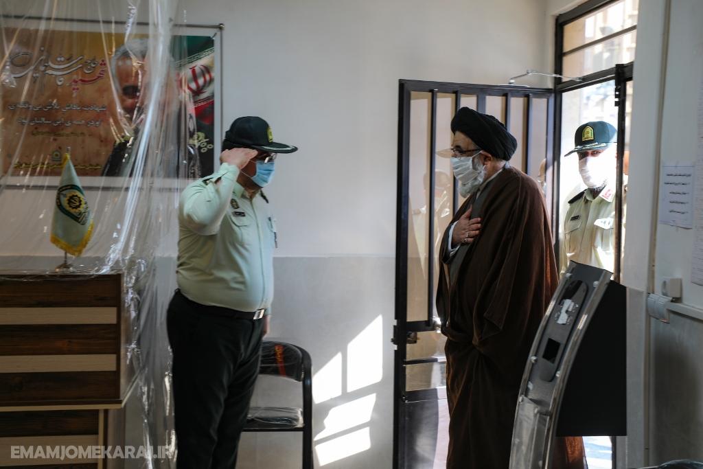 بازدید امامجمعه کرج از ستاد فرماندهی نیروی انتظامی استان