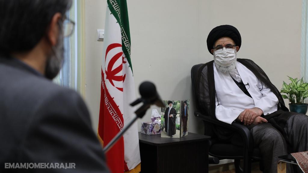 دیدار رئیس کل زندان های کشور با آیت الله حسینی همدانی