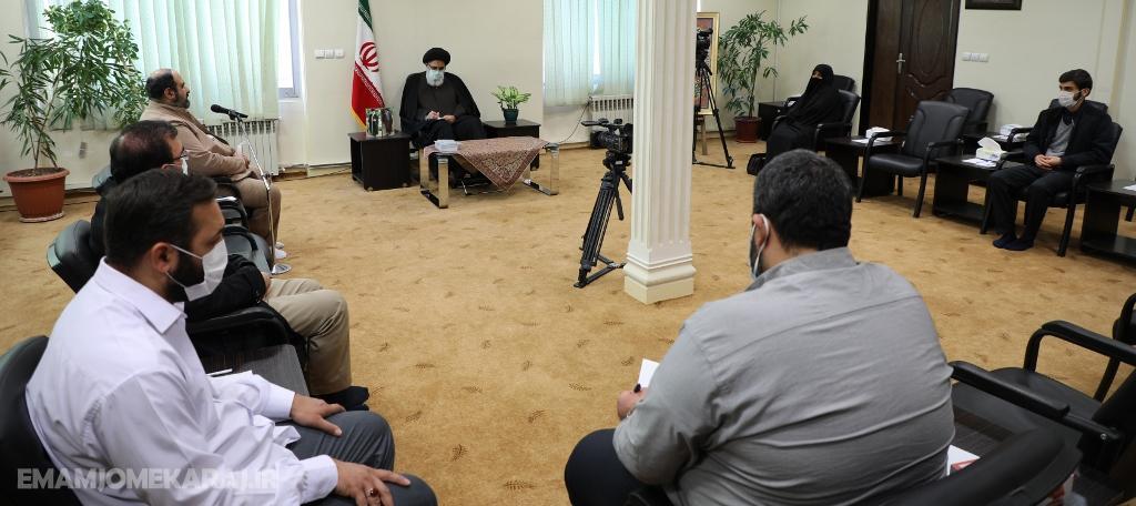 دیدار جمعی از اعضای ستاد قرارگاه فرهنگی اجتماعی خاتمالاوصیا البرز با نماینده ولیفقیه در استان